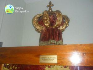 Corona tallada en madera - Museo del Señor de los Milagros
